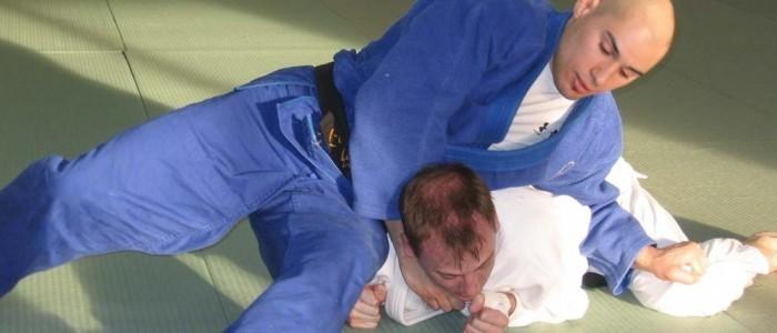 Adult judo pin